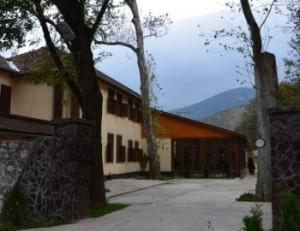 casa-cu-platani-small
